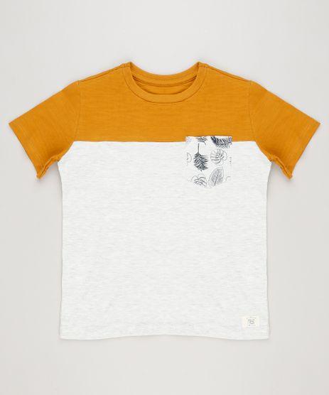Camiseta-Infantil-com-Recorte-e-Bolso-Manga-Curta-Gola-Careca-Cinza-Mescla-Claro-9227503-Cinza_Mescla_Claro_1