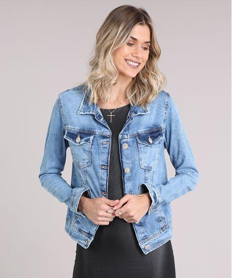 459a27101 Jaqueta-Jeans-Feminina-com-Bolsos-Azul-Claro-9195855- ...
