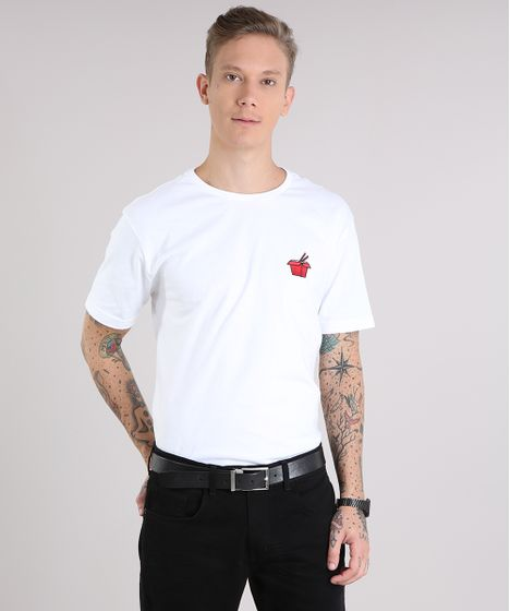fd56eea67c Camiseta Masculina com Bordado Yakissoba Manga Curta Gola Careca Off ...