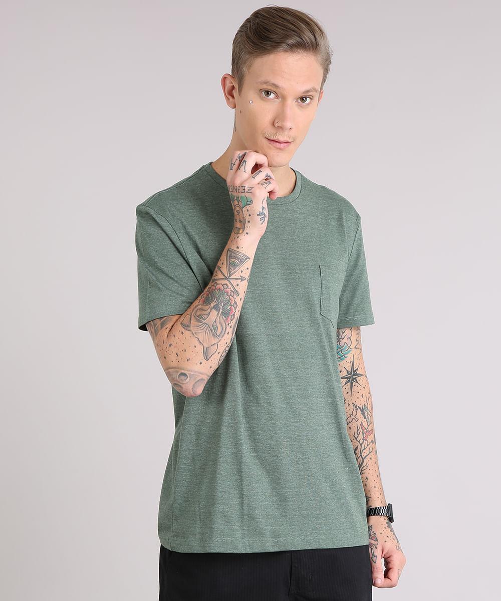 e33585c53 Camiseta masculina Básica com Bolso Manga Curta Gola Careca Verde ...