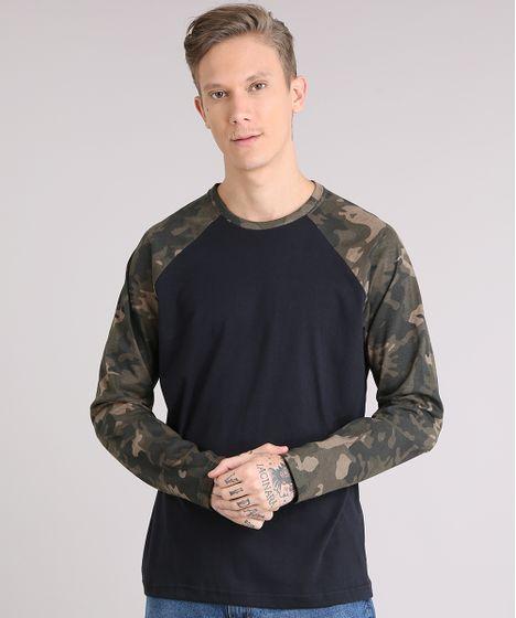 70a87d1c3e1 Camiseta Masculina Raglan com Estampa Camuflada Manga Longa Gola ...