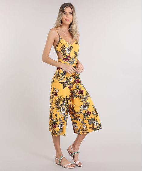 e3b38396d93744 Macacão Feminino Pantacourt Estampado Floral com Recorte Alça Fina ...