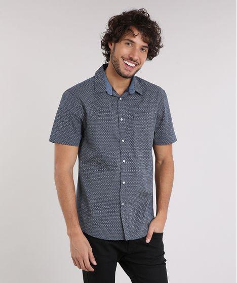 2821efe5d0 Camisa Masculina Comfort Estampada Mini Print com Bolso Manga Curta ...