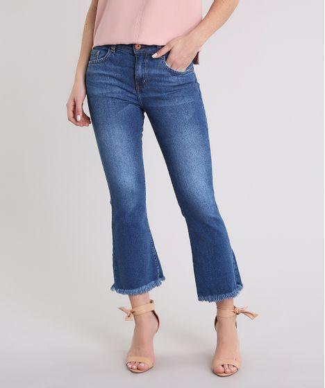 d79a6975fb Calça Jeans Feminina Cropped Flare Cintura Alta Barra Desfiada Azul ...