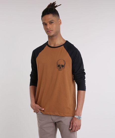 Camiseta-Masculina-Raglan-com-Estampa-de-Caveira-Manga-Longa-Gola-Careca-Caramelo-9204240-Caramelo_1