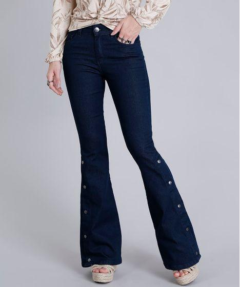 ccd2dcbed Calça Jeans Feminina Flare com Botões Azul Escuro - cea
