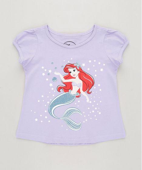 8abd6dc471 Blusa Infantil Pequena Sereia Ariel com Glitter Manga Curta Decote ...