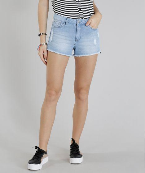 Short Jeans Feminino Boy com Puídos Barra Desfiada Azul Claro - cea 32dd167d16509