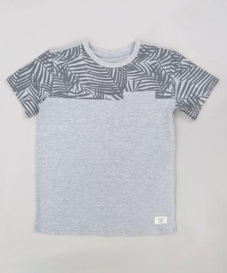 Camiseta-Infantil-com-Estampa-de-Folhagem-e-Bolso-Manga-Curta-Gola-Careca-Cinza-Mescla-9233714-Cinza_Mescla_1