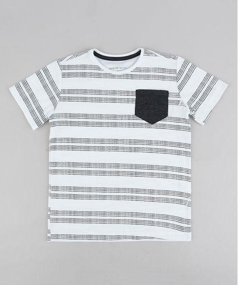 023f4fdb43787 Camiseta Infantil Listrada com Bolso Manga Curta Gola Careca Branca ...