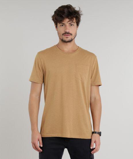 Camiseta-Masculina-com-Bolso-Manga-Curta-Gola-Careca-Marrom-9226100-Marrom_1