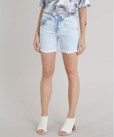 3318b52e7e Bermuda Jeans Feminino com Barra Desfiada Azul Claro - cea