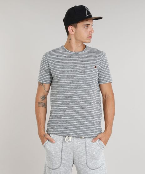 Camiseta-Masculina-Listrada-com-Bolso-Manga-Curta-Gola-Careca-Cinza-Mescla-9311424-Cinza_Mescla_1