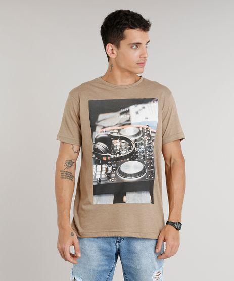 Camiseta-Masculina--Busy-Tonight--Manga-Curta-Gola-Careca-Marrom-9302120-Marrom_1