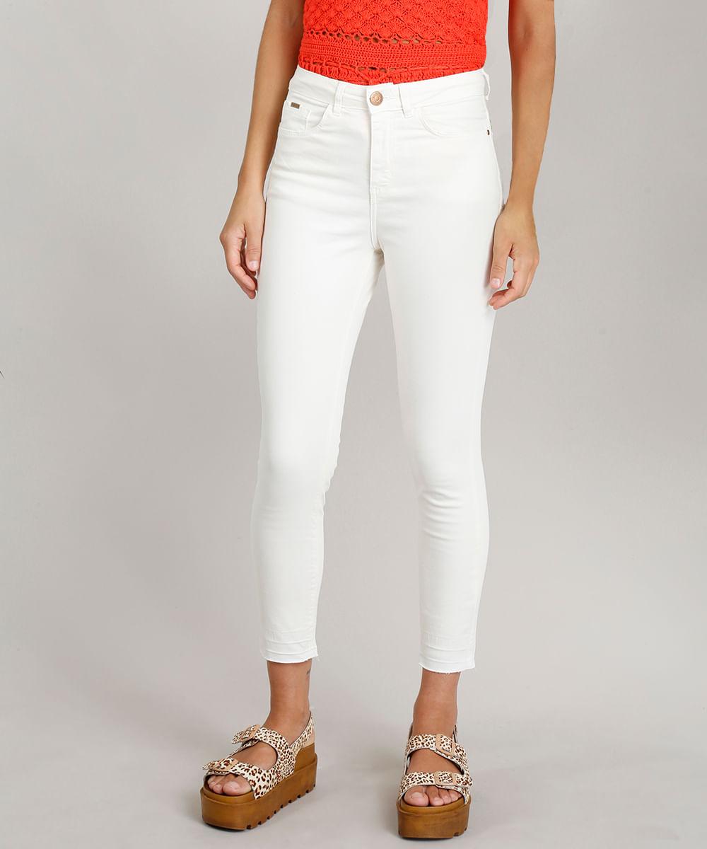 eeebd01d0 Calça de Sarja Feminina Super Skinny Dress To com Barra Desfeita Off White
