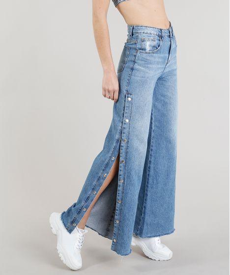 79228d9cc Calça Jeans Feminina Pantalona com Botões Laterais Azul Claro - cea