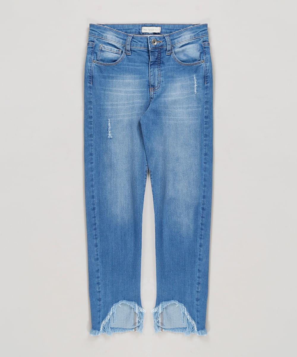 8d8c6baddfd Calça Jeans Infantil com Puídos e Barra Desfiada Azul Médio - cea
