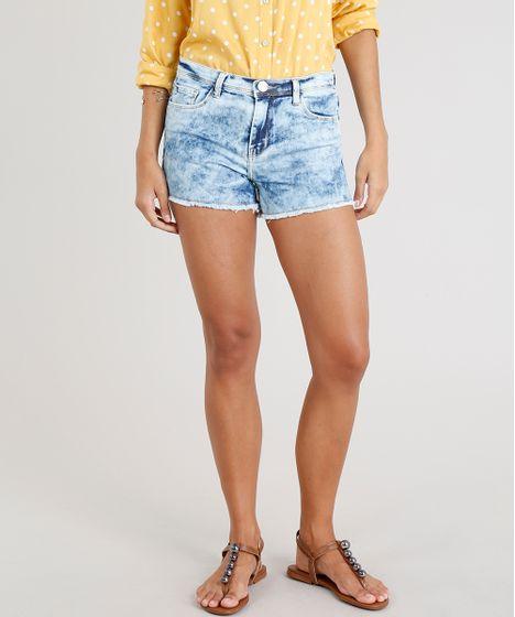 3504f46a4c Short Jeans Feminino Reto Marmorizado Barra Desfiada Azul Claro - cea