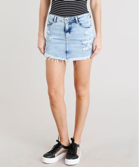 22954b7776 Saia Jeans Feminina Curta Destroyed com Barra Desfiada Azul Claro - cea