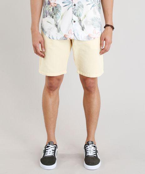 Bermuda-Masculina-Texturizada-com-Bolsos-Amarelo-Claro-9283179-Amarelo_Claro_1