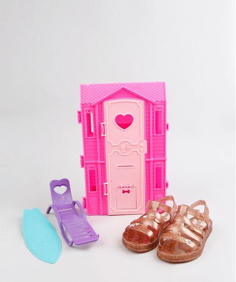 4a33a3d895 Sandália Infantil Barbie com Brilho e Casa de Praia Dourada - cea