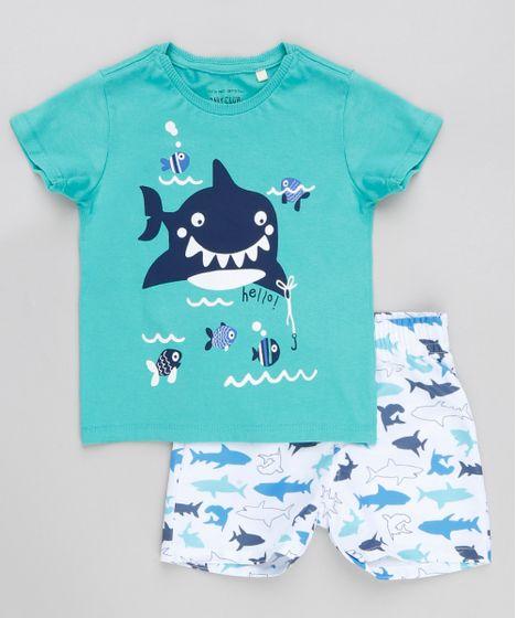 d052a9a0793d6b Conjunto Infantil de Camiseta Manga Curta Verde + Bermuda Estampada ...