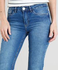 a1bb3cb9a Calça Jeans Reta Feminina Cintura Média com Bolsos Azul Médio ...