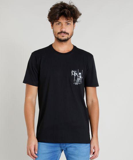 Camiseta-Masculina-com-Bolso-Estampado-de-Esqueleto-Manga-Curta-Decote-Careca-Preta-9380497-Preto_1