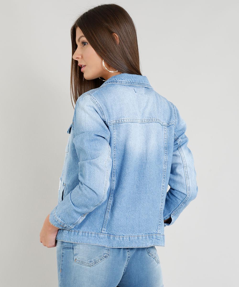 50d83c79a5 Jaqueta Jeans Feminina com Puídos Azul Claro - cea