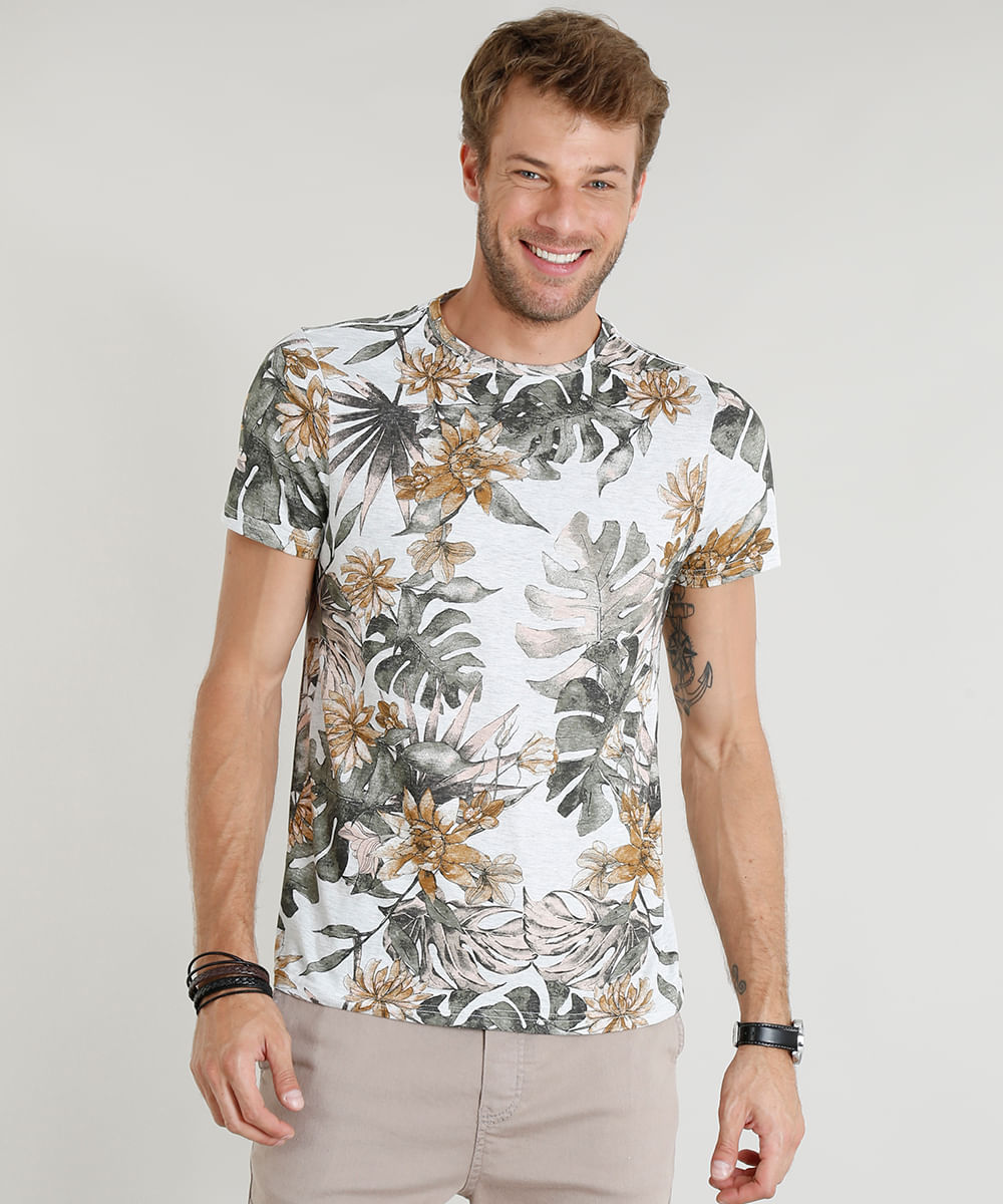 d11f2cc880 Camiseta Masculina Slim Fit Estampada de Folhagens Manga Curta Gola ...