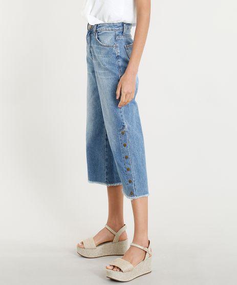 Calca-Pantacourt-Jeans-Feminina-com-Botoes-na-Barra-Azul-Medio-9346385-Azul_Medio_1