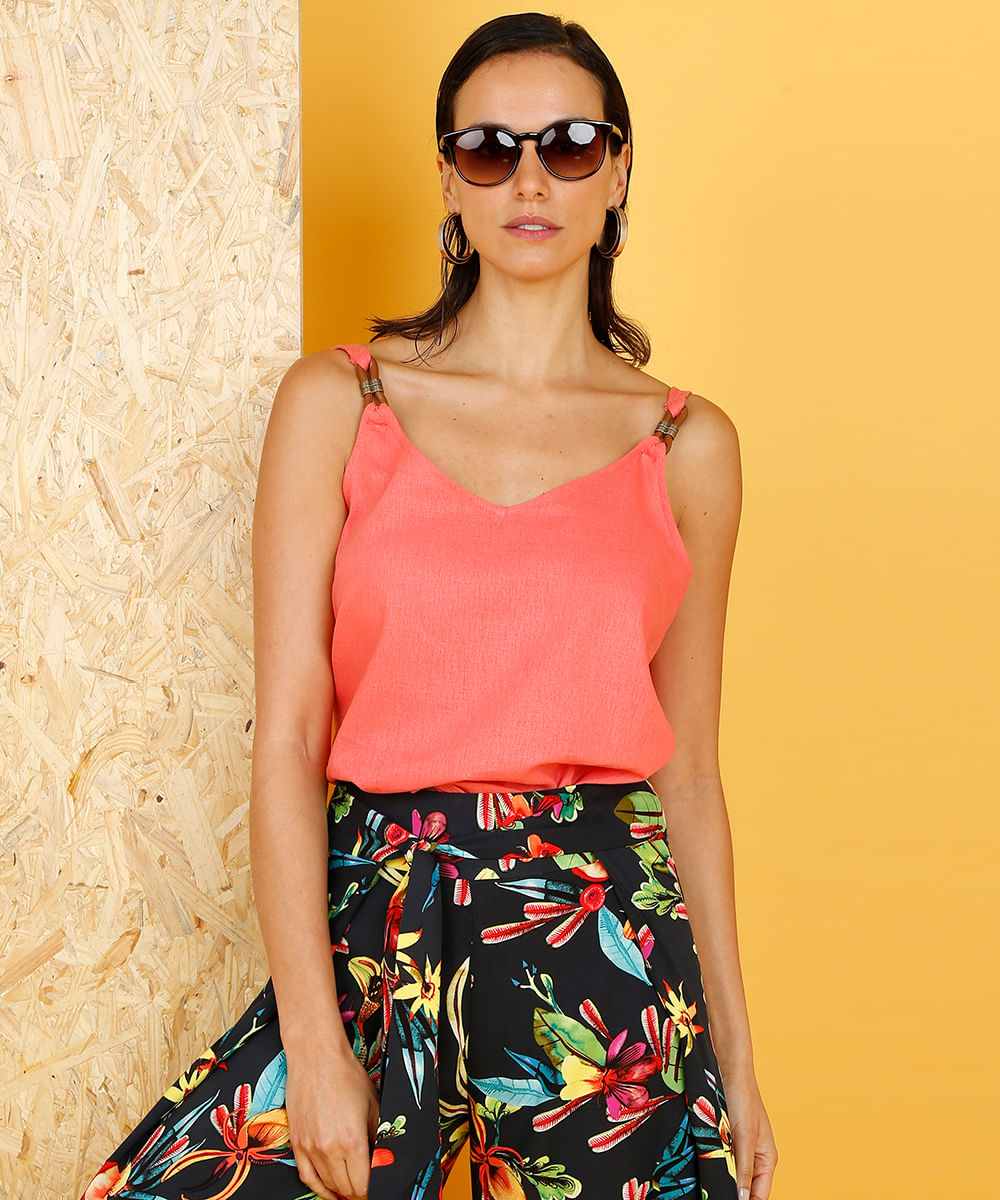 de4dc7080 Regata Ampla Feminina Lenny Niemeyer em Linho Decote V Coral - cea