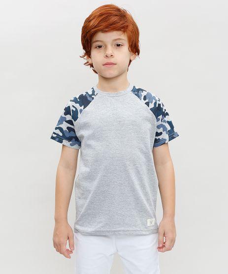 Camiseta-Infantil-Raglan-com-Estampa-Camuflada-Manga-Curta-Gola-Careca-Cinza-Mescla-9388979-Cinza_Mescla_1