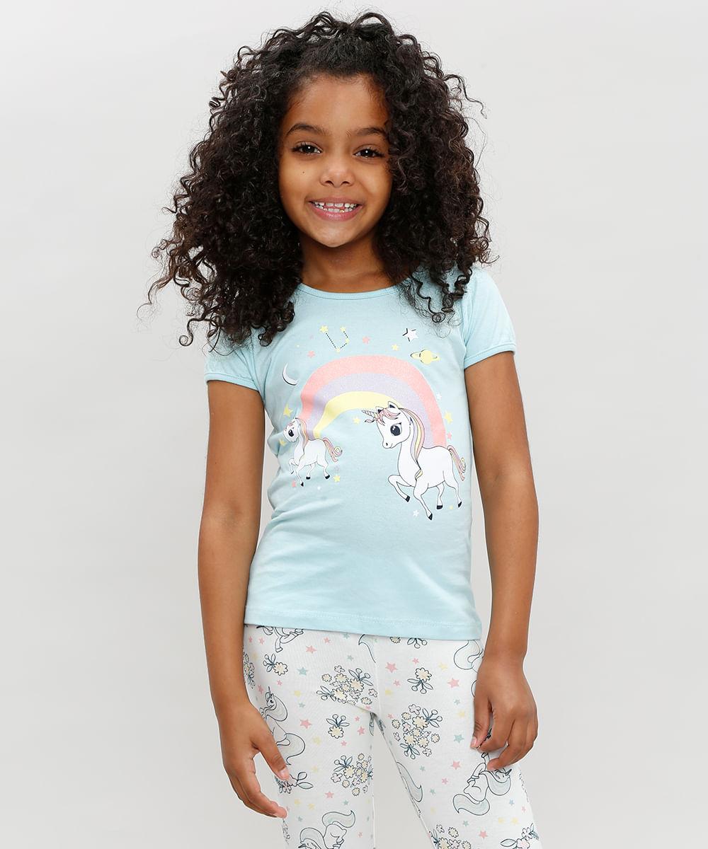 fa122d5e3dba0c Blusa Infantil Unicórnio e Arco Íris Manga Curta Decote Redondo Azul Claro