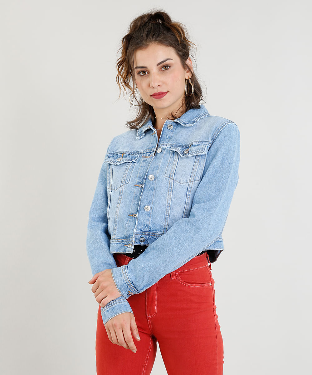 351d7df577 Jaqueta Jeans Feminina Cropped com Bolsos Azul Claro - ceacollections