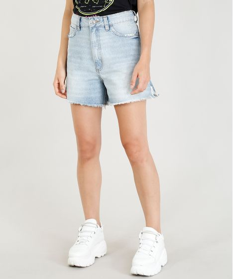 e2824bf63e Short Jeans Feminino Mindset Cintura Alta Barra Desfiada Azul Claro ...