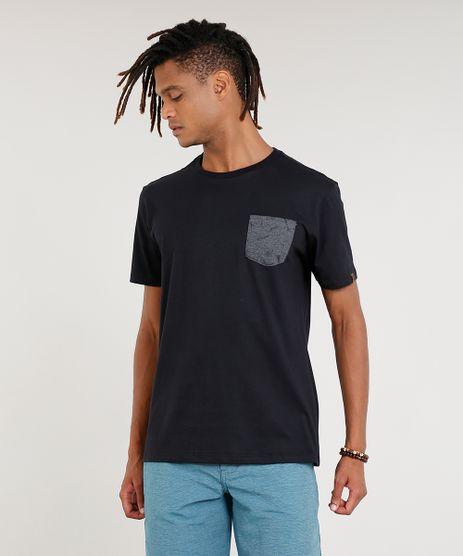 Camiseta-Masculina-com-Bolso-Estampado-de-Pranchas-Manga-Curta-Gola-Careca-Preta-9396808-Preto_1