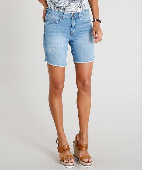 a33d058636 Bermuda Jeans Feminina com Barra Desfiada Azul Claro - cea