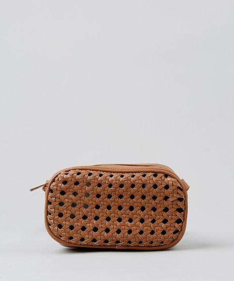 Bolsa-Feminina-Transversal-com-Textura-Vazada-Caramelo-9360381-Caramelo_1