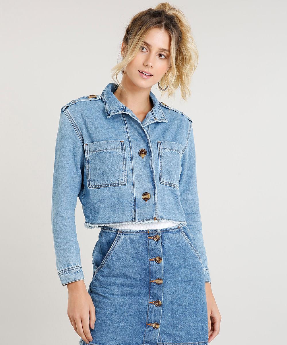 41c9bc90e Jaqueta Jeans Cropped Feminina com Bolsos Azul Claro - cea