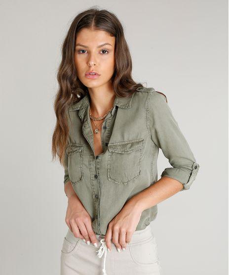 Camisa-Feminina-com-Bolsos-e-Martingale-Manga-Longa-Verde-Militar-9458572-Verde_Militar_1