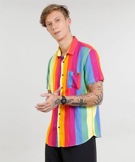 Camisa-Masculina-Carnaval-Arco-Iris-com-Bolso-Manga-Curta-Multicor-9455018-Multicor_1