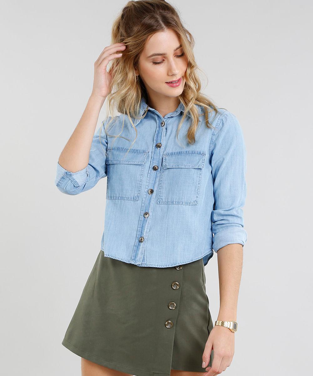 f8f073eb36 Camisa Jeans Feminina Cropped com Bolsos Manga Longa Azul Claro - cea
