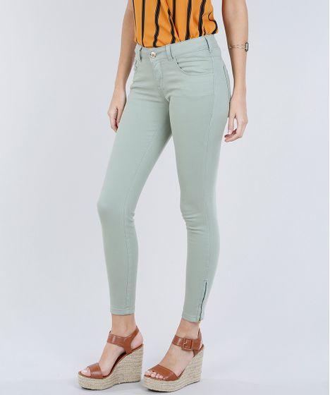 1a8e3ce96 Calça de Sarja Feminina Super Skinny com Zíper na Barra Verde ...