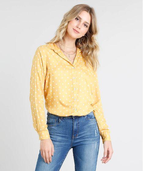 12a96a900 Camisa Feminina Estampada de Poá com Bolso Manga Longa Amarela - cea