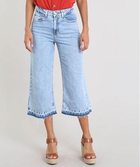 10cf50aa2e Calça Jeans Feminina Pantacourt com Barra Desfiada Azul Claro - cea