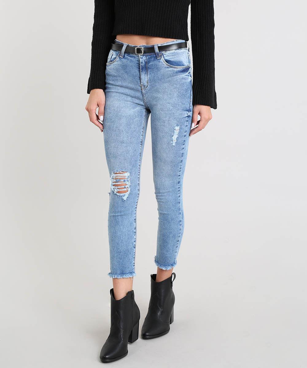 e9accd0b1 Calça Jeans Feminina Cropped Destroyed com Cinto Azul Médio - cea