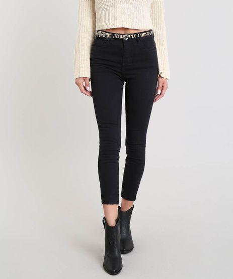 Calca-Jeans-Feminina-Cropped-com-Barra-Desfiada-e-Cinto-Animal-Print-Preta-9453701-Preto_1