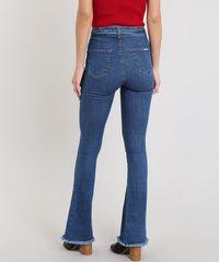 827dddd14 Calça Jeans Feminina Sawary Flare com Barra Desfiada e Cinto Azul ...