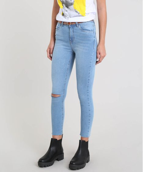 089656994 Calça Jeans Feminina Cropped Destroyed com Cinto Azul Claro - cea